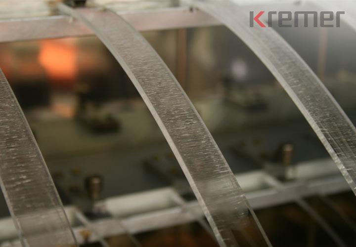 KREMER - Rissbildung bei Prüfstäben aus Plexiglas