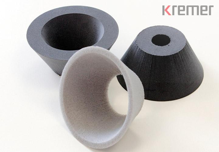 KREMER – Wasserstrahlgeschnittene PE-Schaumstoffteile