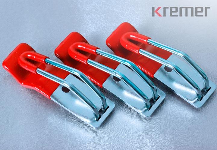 KREMER – Ummantelte und beschichtete Metallteile in rot