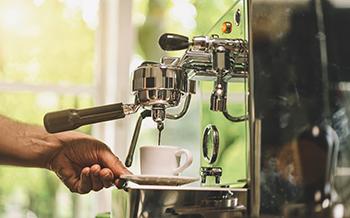 Kremer Barista Kaffeemaschine Stockfoto